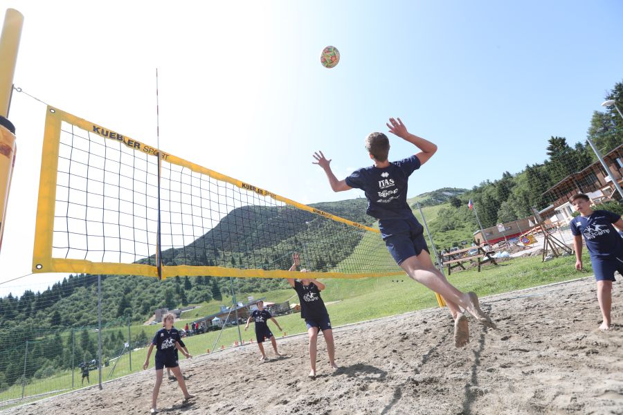 Beach volley all'ombra del Bondone